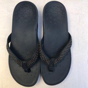 VIONIC 11 blue sandals